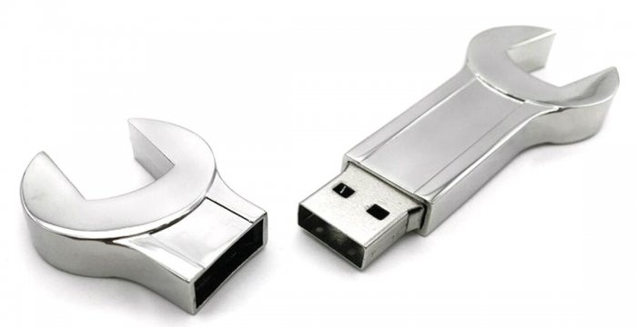 USB_FORMA_CHIAVE_INGLESE_METALLO_BY_MAS_3